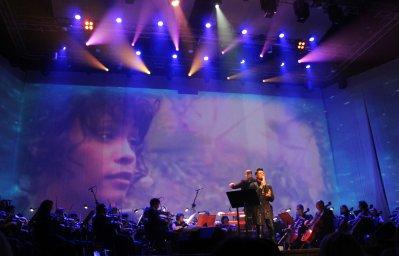 Сергей Дудинский в музыкальном моноспектакле «Артиsт» 1 октября 2019 года, город Омск